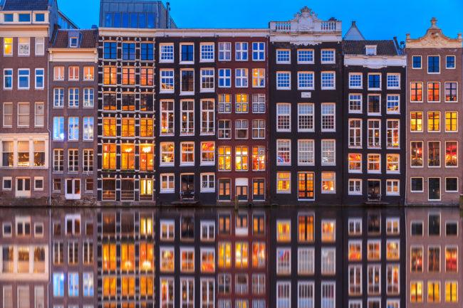 Decor Amsterdamse grachtenpanden